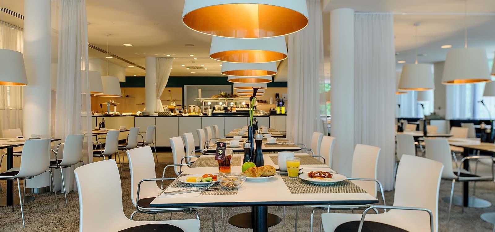 restaurant mercure n rnberg an der messe event hotels intl markenhotellerie in deutschland. Black Bedroom Furniture Sets. Home Design Ideas