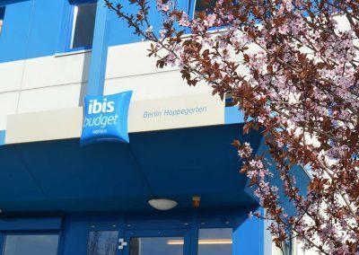 Aussenansicht ibis budget Hotel Berlin Hoppegarten