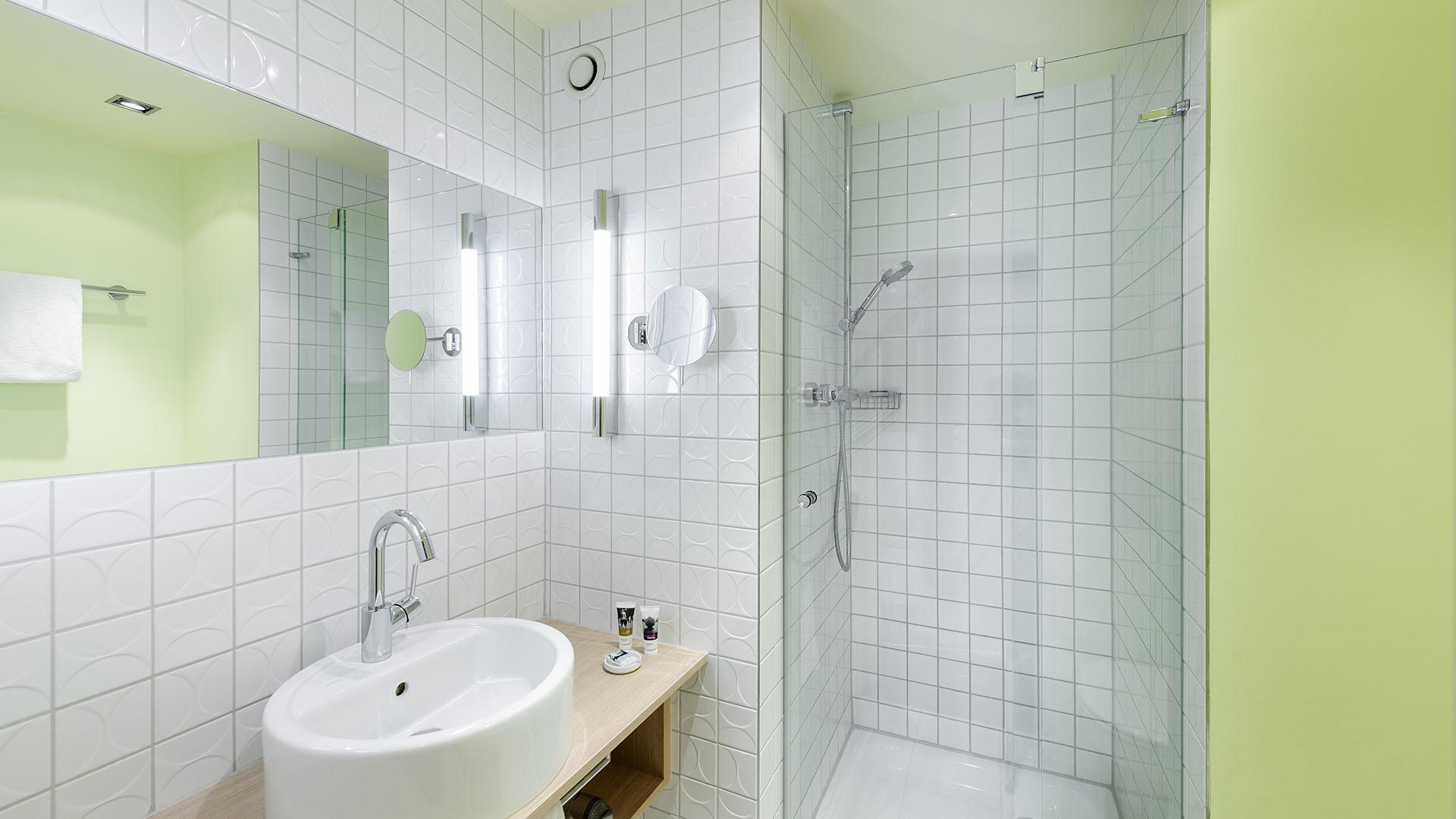 Mercure Hotel Bristol Stuttgart Badezimmer gruen - EVENT Hotels ...